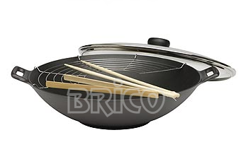 Brico Cast Iron Wok With Glass Cover W37G